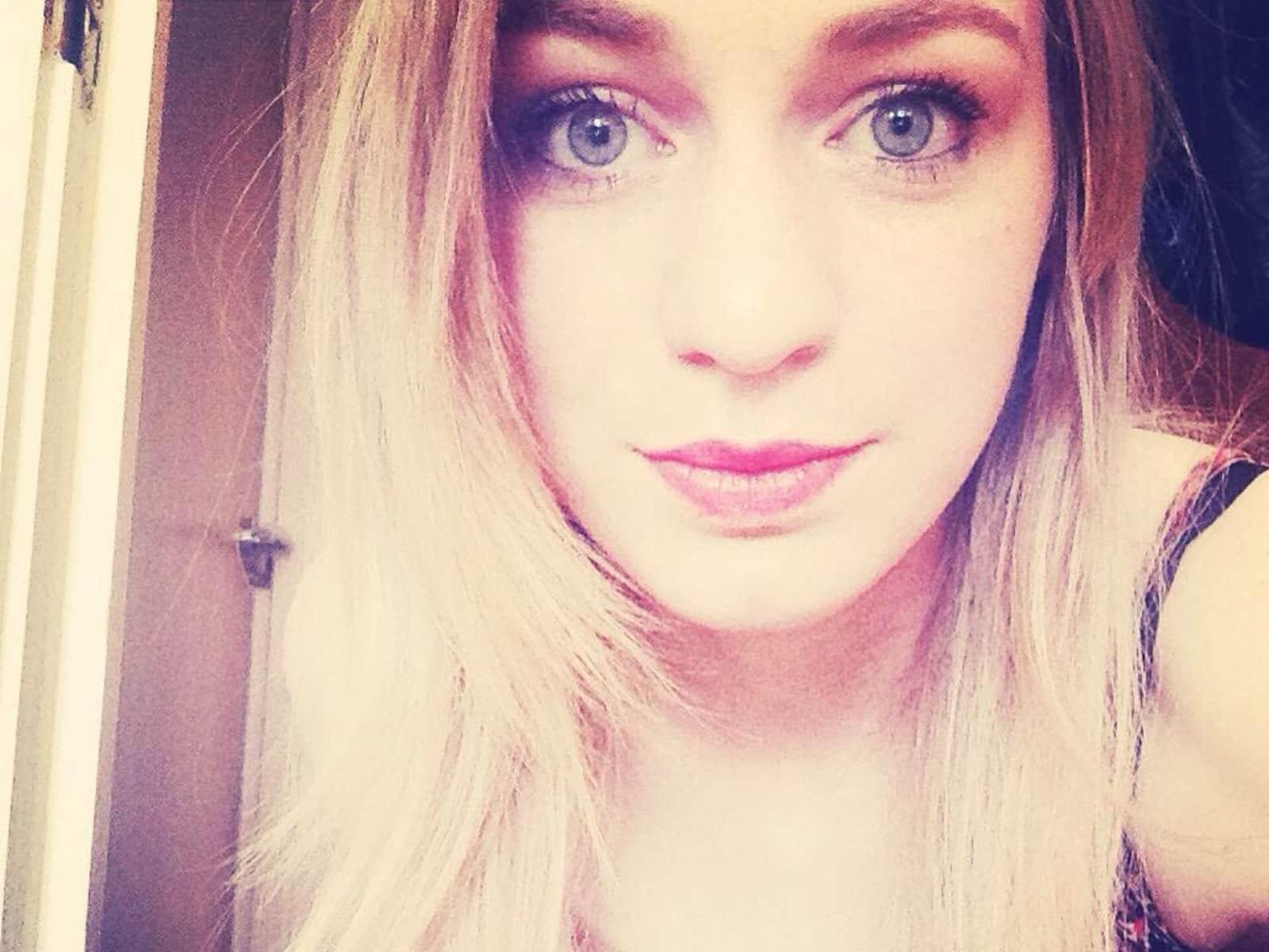 Alessandra from Neuwied, Germany