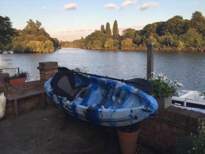 Riverside house in Twickenham