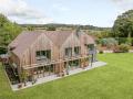 Housesitting assignment in Bucklebury, United Kingdom - Image 1
