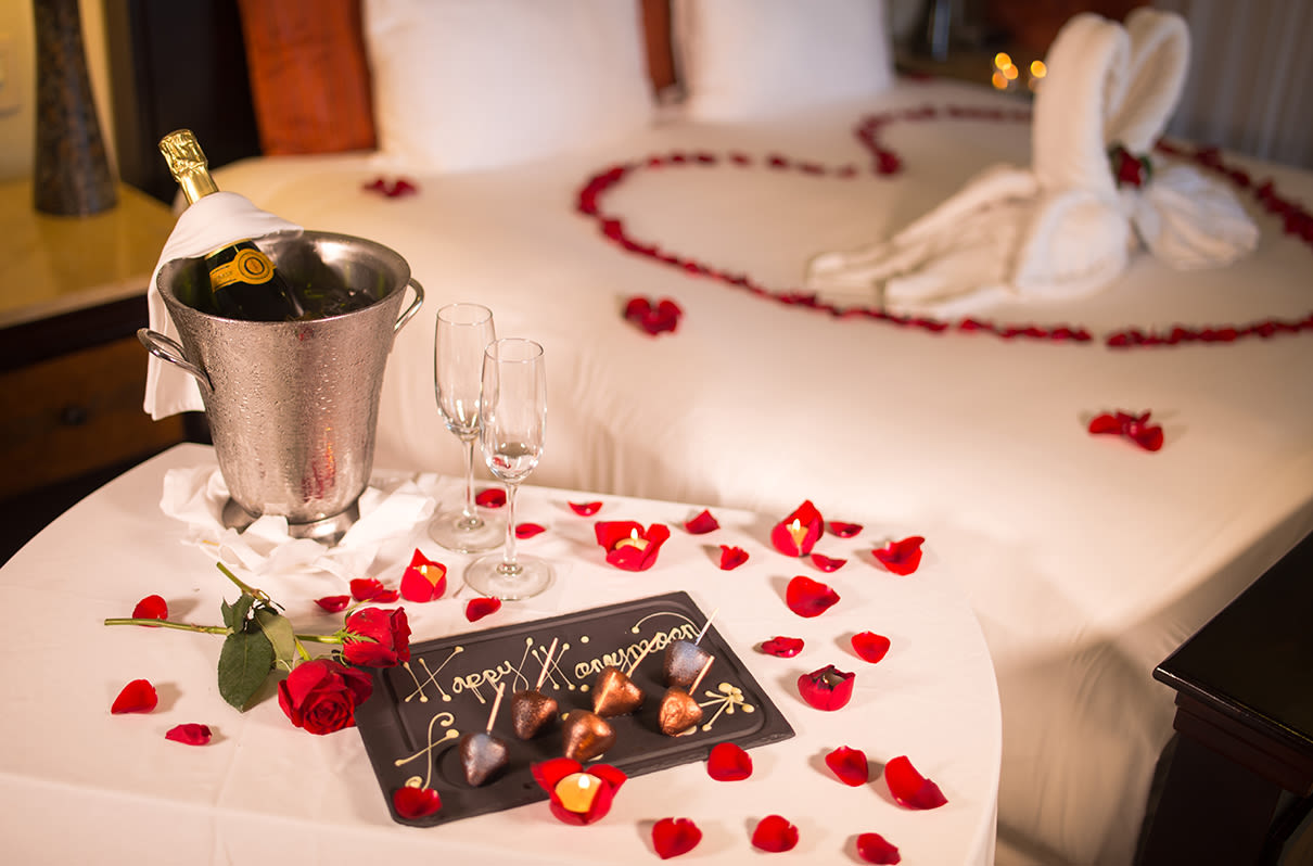 Tripoto Honeymoon packages