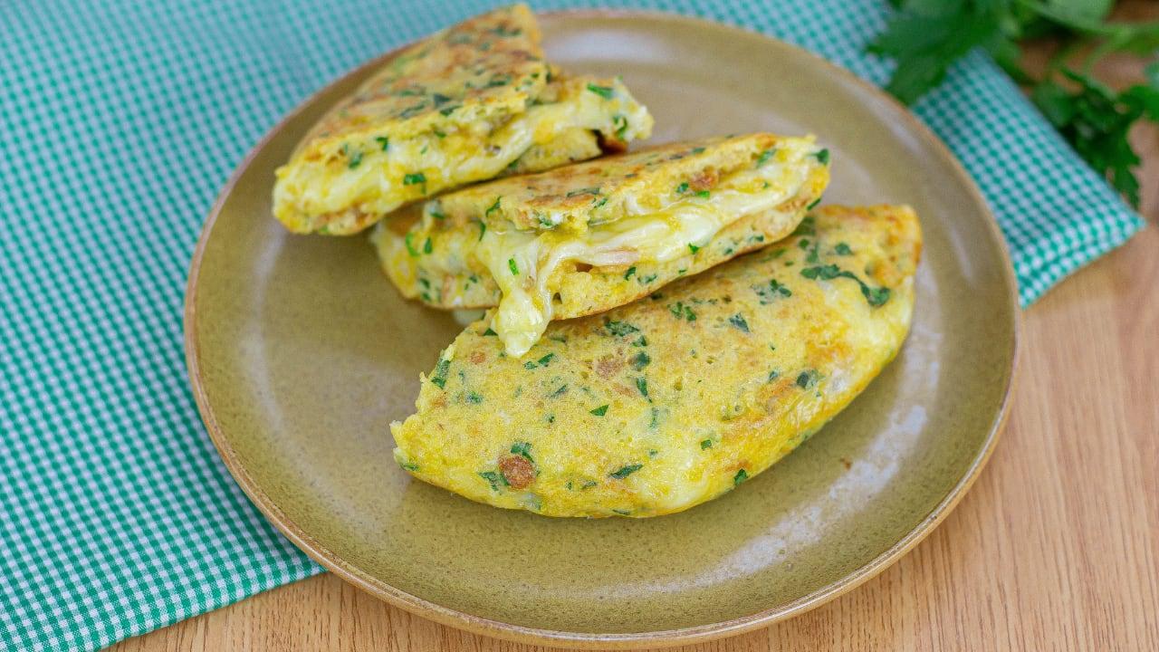 Huevos con Pan Tostado