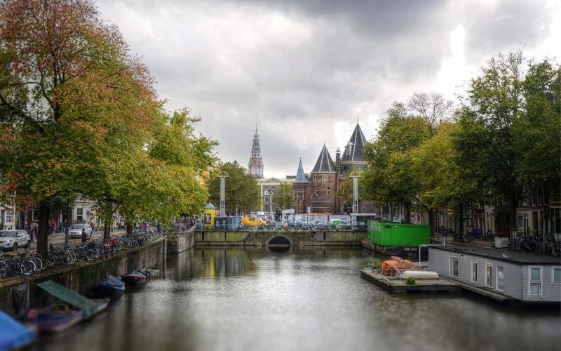 Amsterdam-Hollanda-Ucak-Bileti
