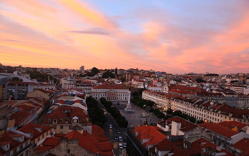 Portekiz-Lizbon-Elevator-de-Santa-Justa-Manzara