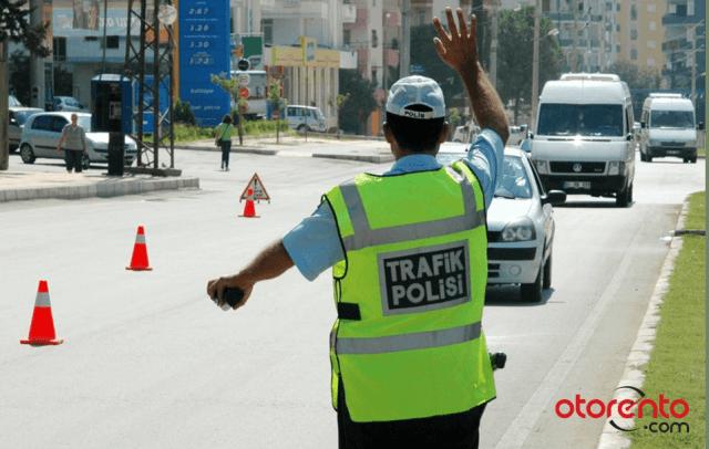 Trafikte Güvenlik: Sürücü ve Yolcu Güvenliği