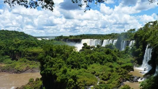 İsmini Iguazu Şelaleleri'nden Alan Şehir