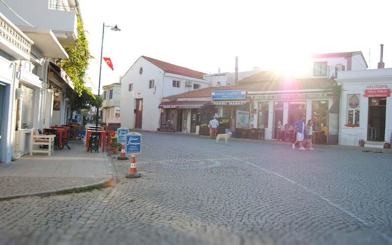 Bozcaada-Meydan