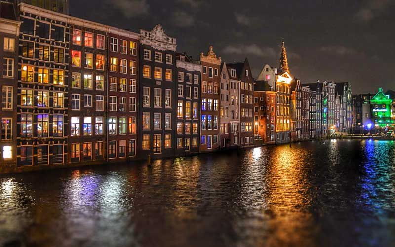 Hosgoru-Sehri-Amsterdam
