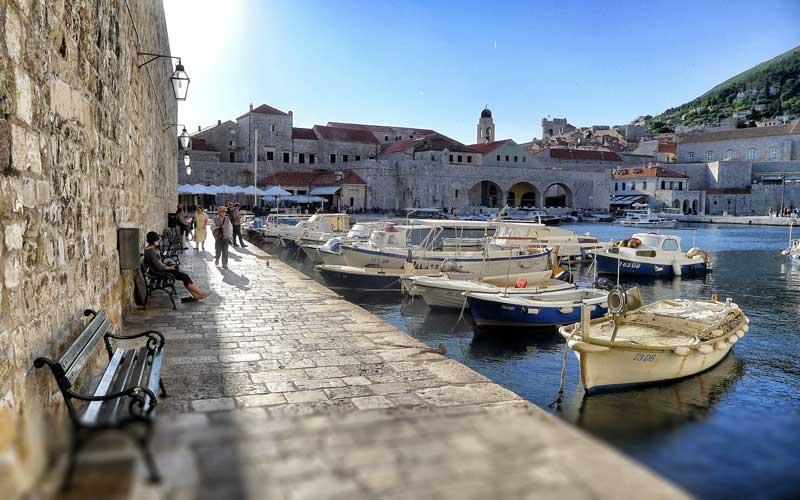 Dubrovnik-Nasil-Gidilir