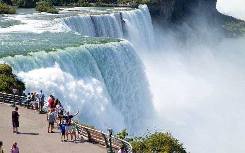 Niagara Şelalesi'nin Büyüsü | Turna.com