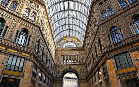 Napoli-Gezilecek-Yerler