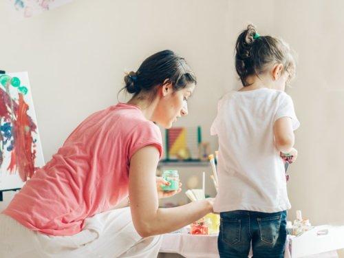 Harvardlı Araştırmacılara Göre Başarılı Çocukların Aileleri Bu 8 Rolü Oynuyor