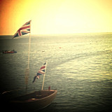 Boat / England flags