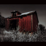 Blood Red Barn (Widescreen)                      by JediMomTricks (Carisse Cain)                        Waverly, WA. 2014