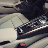 iPhone solution FusionDock for Porsche.