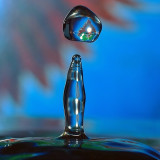 Splashing waterdrop