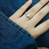 I'm not a fan of rings (and other accessories) but this one really caught my eye and I told myself;
