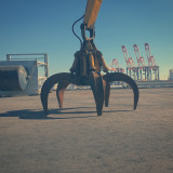 Massive Claw in Long Beach Harbor