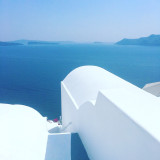 Simple contrasting colours on top of Santorini hotel
