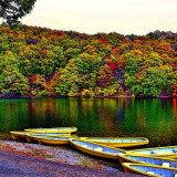 Autumn is the season of autumn leaves.Choroko, lake, boat, autumn leaves, Japan.宮城県 七ヶ宿 長老湖にて撮影。
