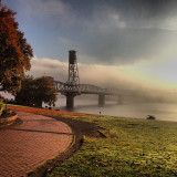 Amazing #pdx #portland #waterfront #downtown #oregon #fog #clouds #gorgeous #hawthornebridge #fall #fallcolors #fallweather #priceless #autumn #beautiful #willametteriver #sunrise #sunshine  #cityofroses #picoftheday #pdxpipeline