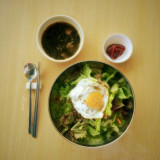 One of my favorite healthy meals: bibimbap with seaweed soup (with a name I unfortunately can't remember).