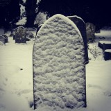Okay the snow has melted now in Sussex but I took this only two weeks ago so thought I would show it on #tombstonetuesday#pictureoftheday #picoftheday #bestoftheday #instagramers #ig_everything #igbest #tombstonetuesday#tombstone #churchyard #graveyard #death#peace#snow#winter#boothill#gravestone#grave#church#laidtorest#cold