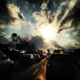 Even #traffic is a little more tolerable when the skies are this #awesome. #rushhour #clouds #sunset #pga #sofla #so_fla #junobeachlife #palmbeach #palms #cars⛅️