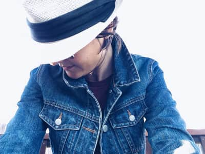 Denim and a hat