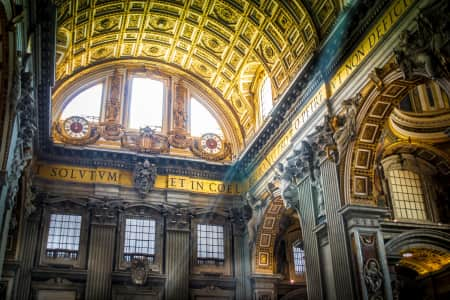 Ceiling of St. Peter's Basilica.....