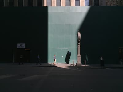 New Yorkers make their way through a beam of light this morning off 5th Avenue. #nyc #layout #tgif
