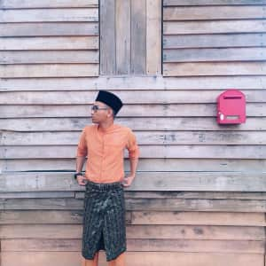 Baju Melayu is one of the Malay traditional outfits.