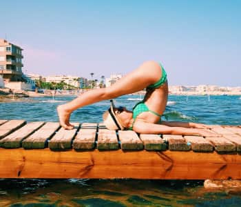 Yoga and the sea