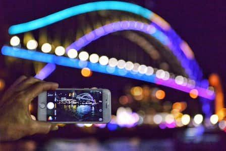Photographing the Sydney Harbour Bridge during Vivid 2016