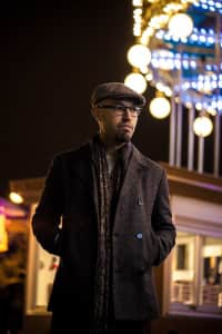 Night portrait, man, portrait, young, millennial, hat, coat, fashion,