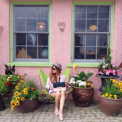 Pretty in pastel pink at Elora