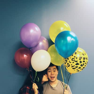 Kisses and balloons