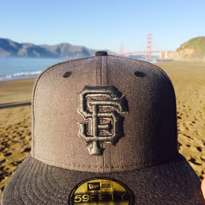 My hat wanted to go on a out of the city... So of course we had to go see the Golden Gate Bridge... This calls for a selfie.