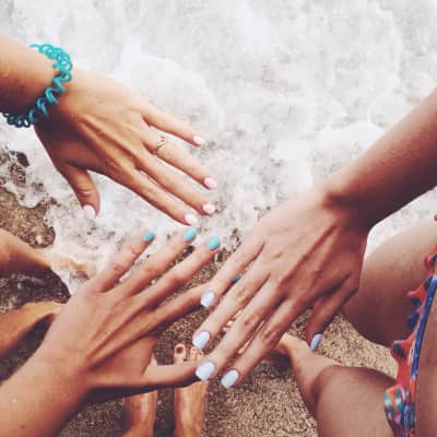 Let's go to the beach! Summertime memories with my friends