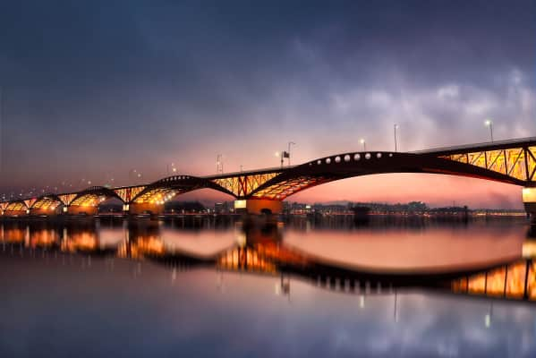 Sunset At The Seongsan Bridge In Seoul