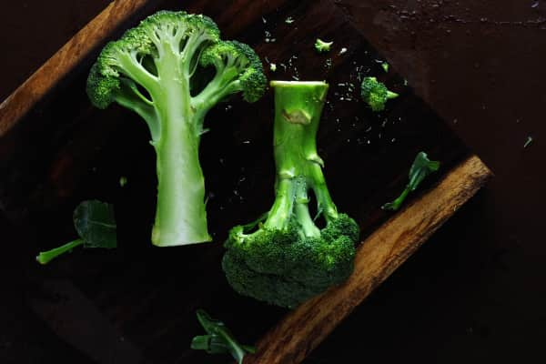 Preparing broccoli for cooking