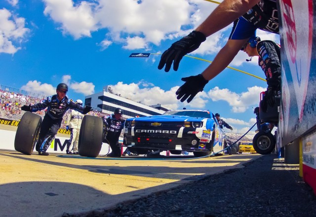 Pit Crew and action during regular season schedule spirit cup race Dover international speedway in Dover, Delaware.