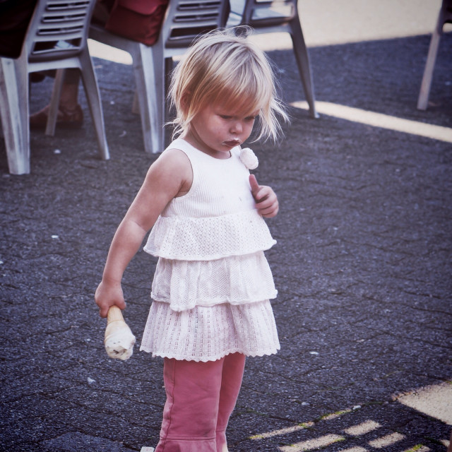 Free authentic toddler girl photo on Reshot