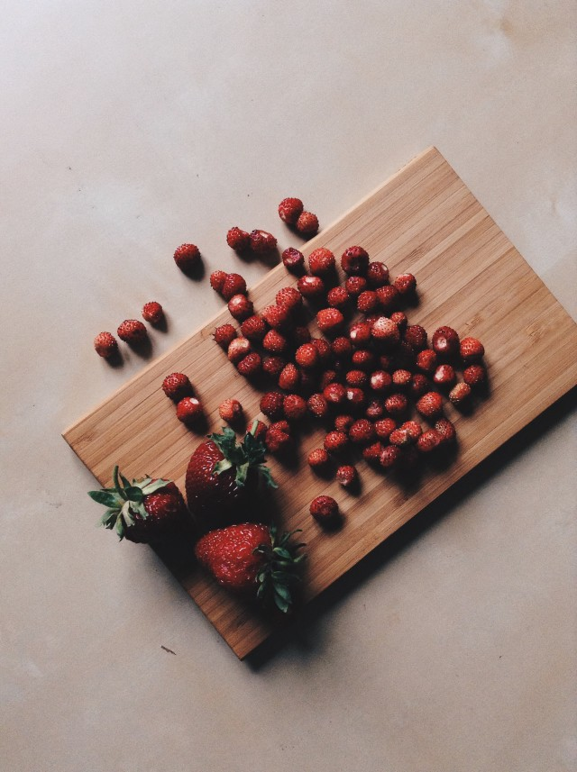 Free authentic chopping board photo on Reshot