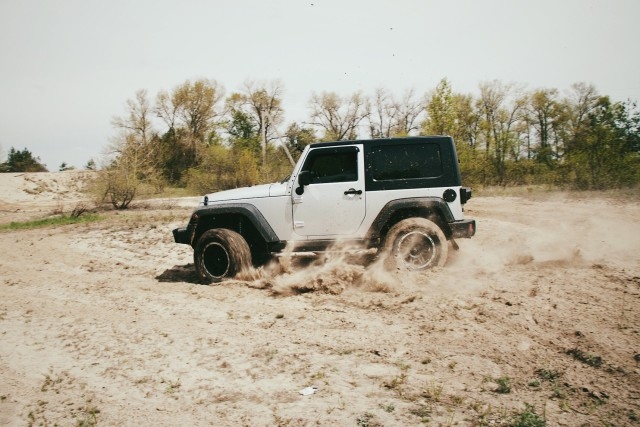Jeep drifting in sands