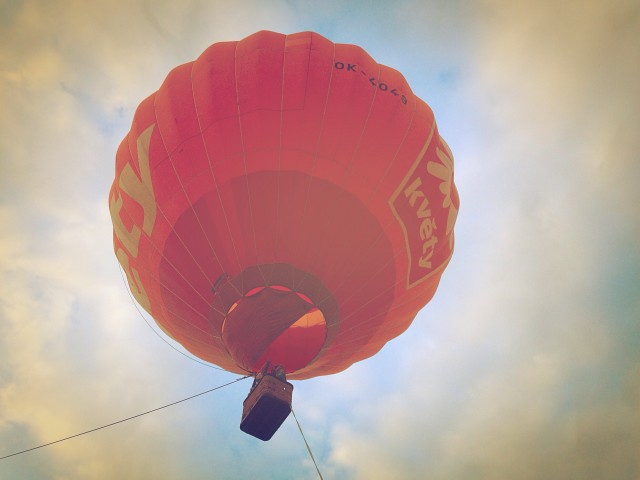 Free authentic hot air photo on Reshot