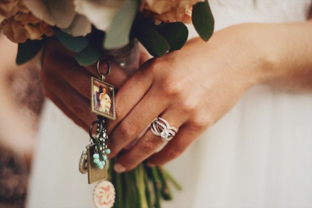 Free authentic rings photo on Reshot