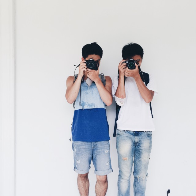 The best buddies to take photographs together!