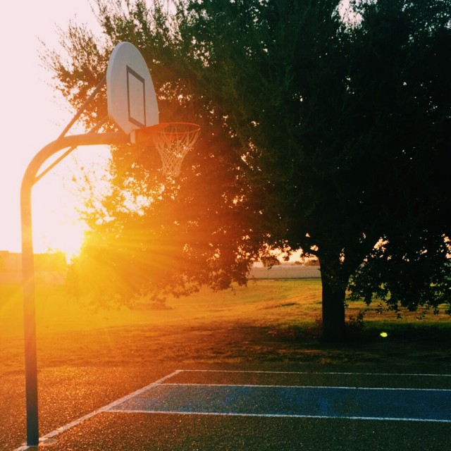 Free authentic basketball photo on Reshot