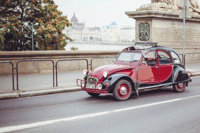 Free authentic vintage car photo on Reshot