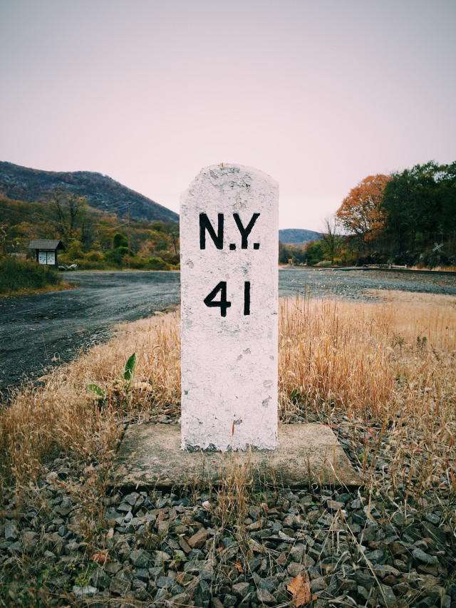 Old address sign